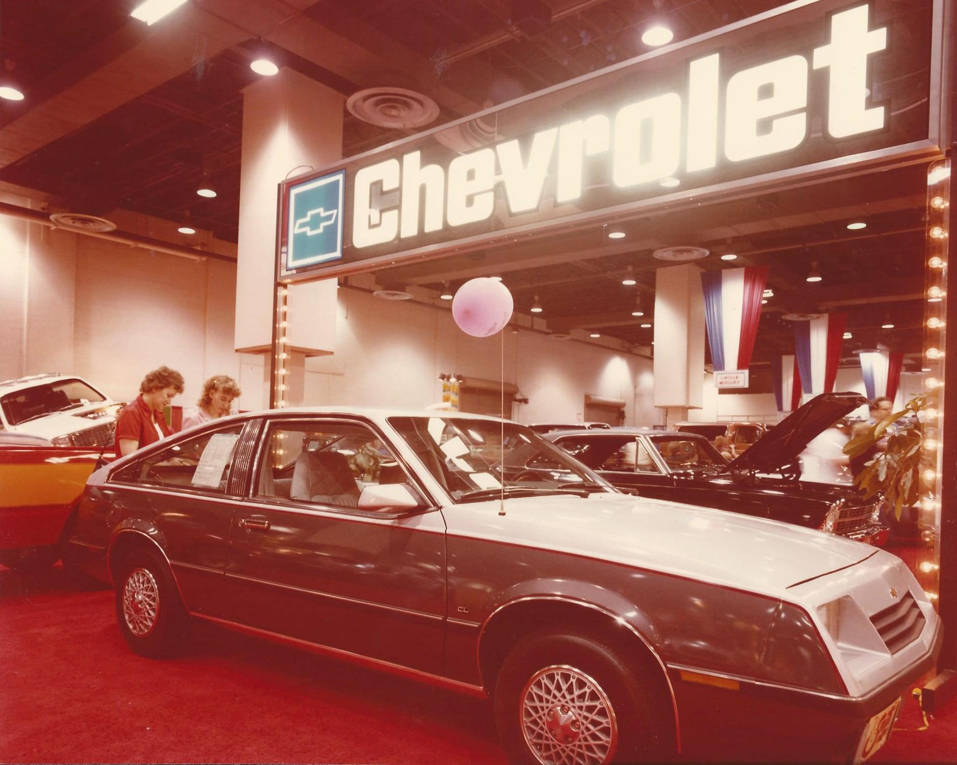 1982 Chevrolet display pic 6
