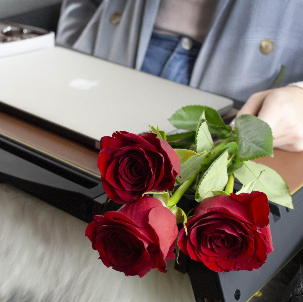 lap desk with flowers