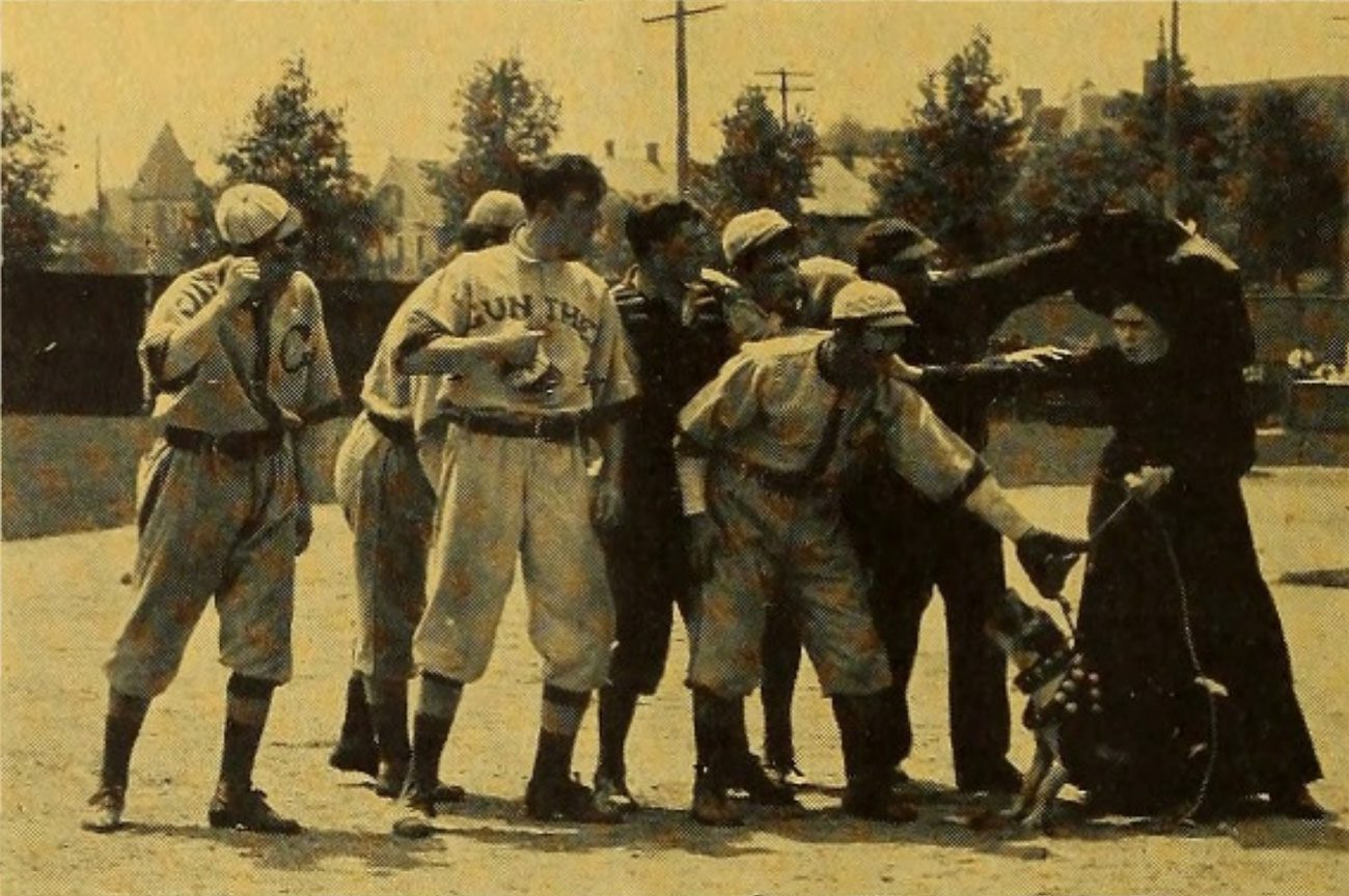 Black and white photo of old time baseball game