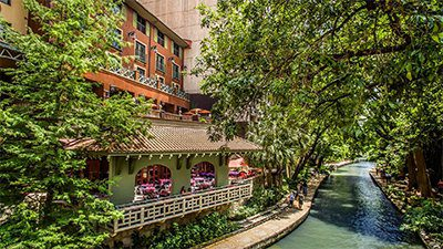 Hotel Valencia on the River Walk